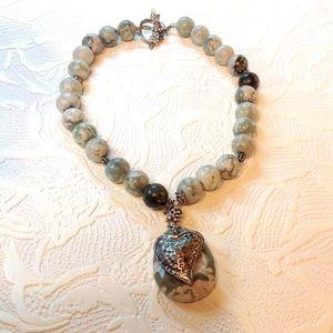 Jewelry - HOWLITE NECKLACE Gray White Round Beads & Pendant